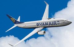 Ryanair cobra uma sobretaxa nos pagamentos com cartão de crédito