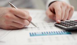 Novos contratos de crédito ao consumo abrandaram em fevereiro