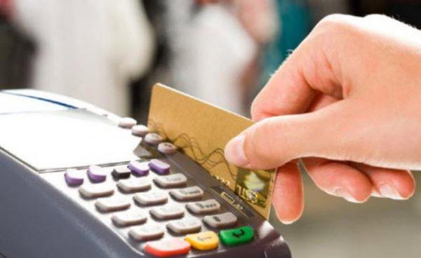 São cada vez mais as compras de Natal pagas por cartão de crédito